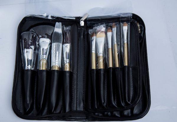 21 pcs brush set 26500 makeup tool IMG_0264