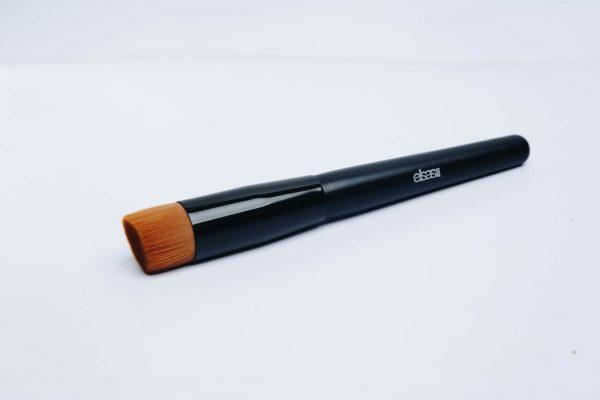 Angle foundation brush 2500 makeup tool IMG_0260